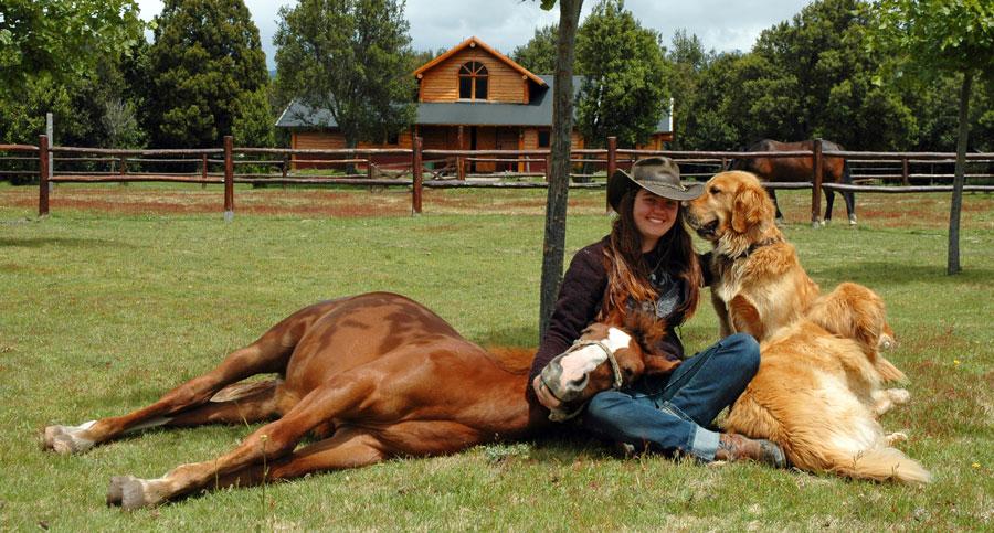 Estancia-Peuma-Hue---making-animal-friends-DSC_0019