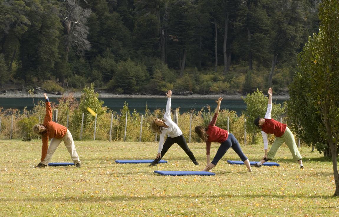 yoga-retraet-peuma-hue-patagonia1